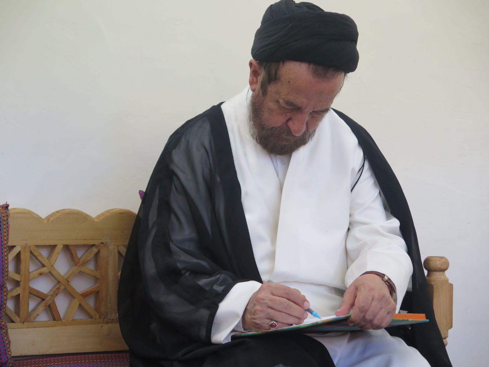 بازدید سیدحمید روحانی از منزل حاج محمدآقا رسولزاده